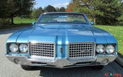 1972 Oldsmobile Cutlass Supreme 350 Convertible V8 - Image 2/19