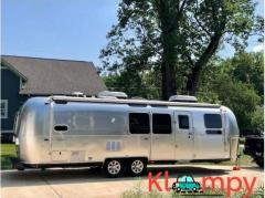 2018 Airstream FLYING CLOUD 30FB