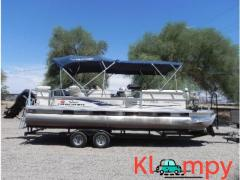 2006 SUN TRACKER PARTY BARGE 90 HP Mercury engine