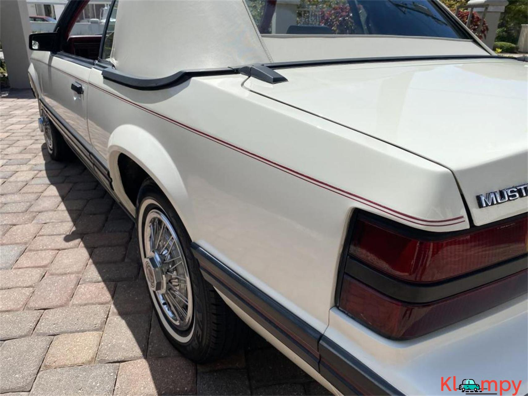 1983 Ford Mustang 3.8 LITRE V6 AUTO - 2/20