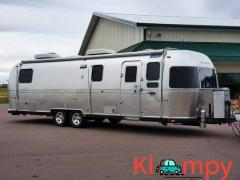2010 Airstream Classic 30 Limited Dual Axle