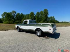1969 Chevrolet C10 Cheyenne Pick up 250-cubic-inch