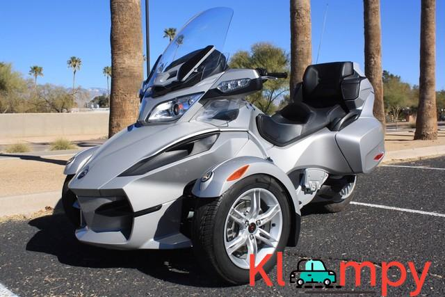 2010 Can-Am Spyder RT SM5 998cc 5 Speed - 3/12