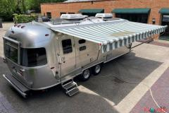 2018 Airstream Tommy Bahama Edition 27-Foot