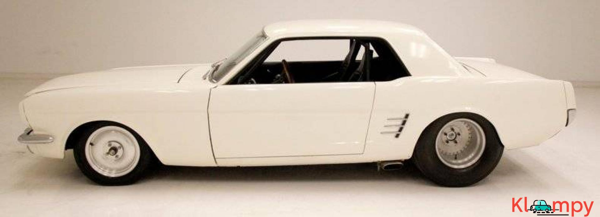 1966 Ford Mustang Coupe 302ci V8 White - 2/20