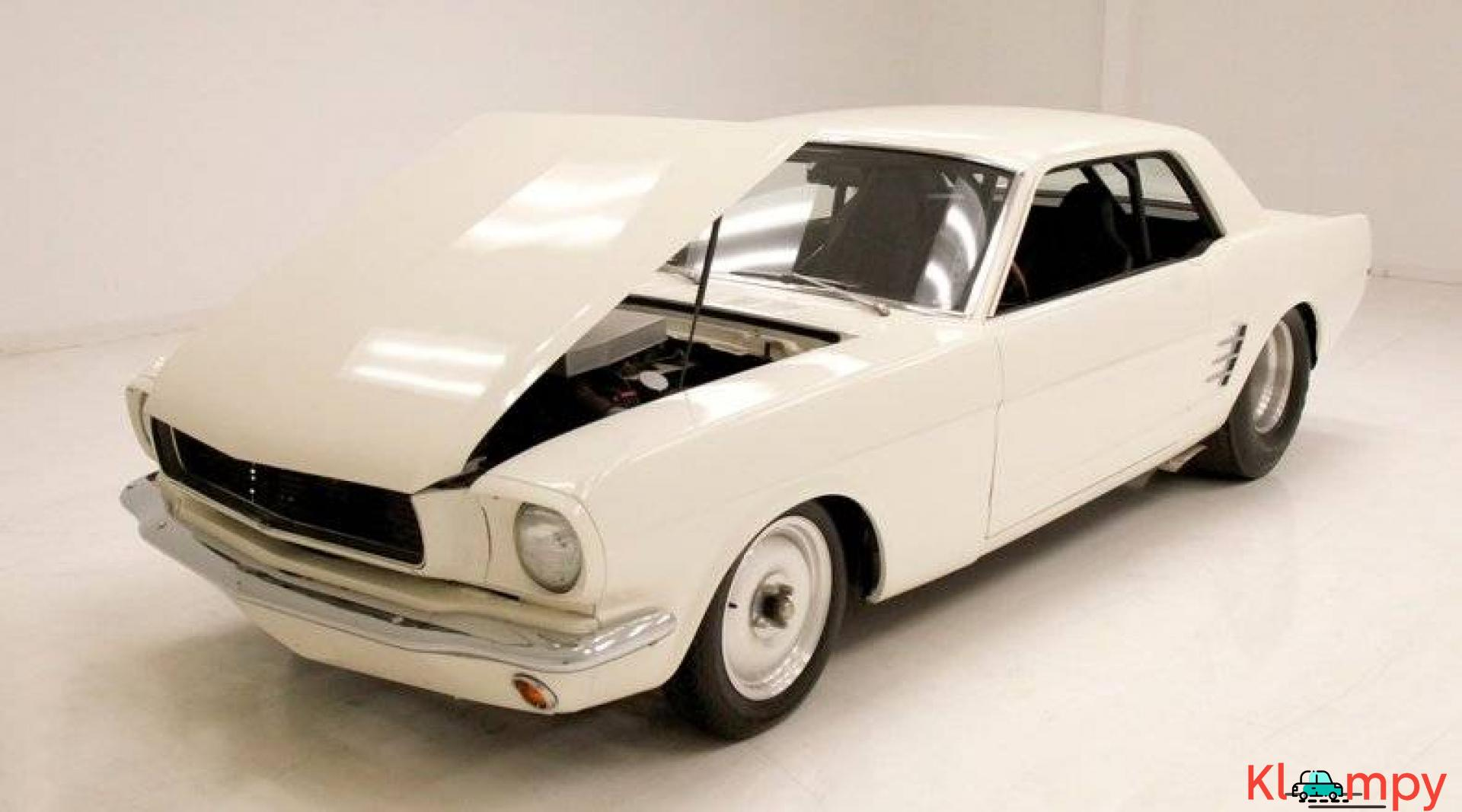 1966 Ford Mustang Coupe 302ci V8 White - 9/20
