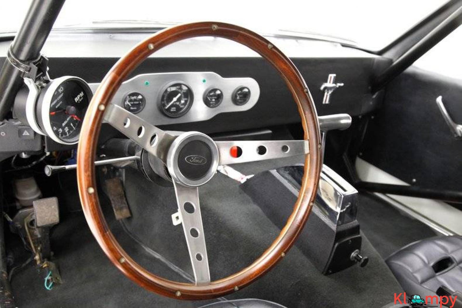 1966 Ford Mustang Coupe 302ci V8 White - 18/20