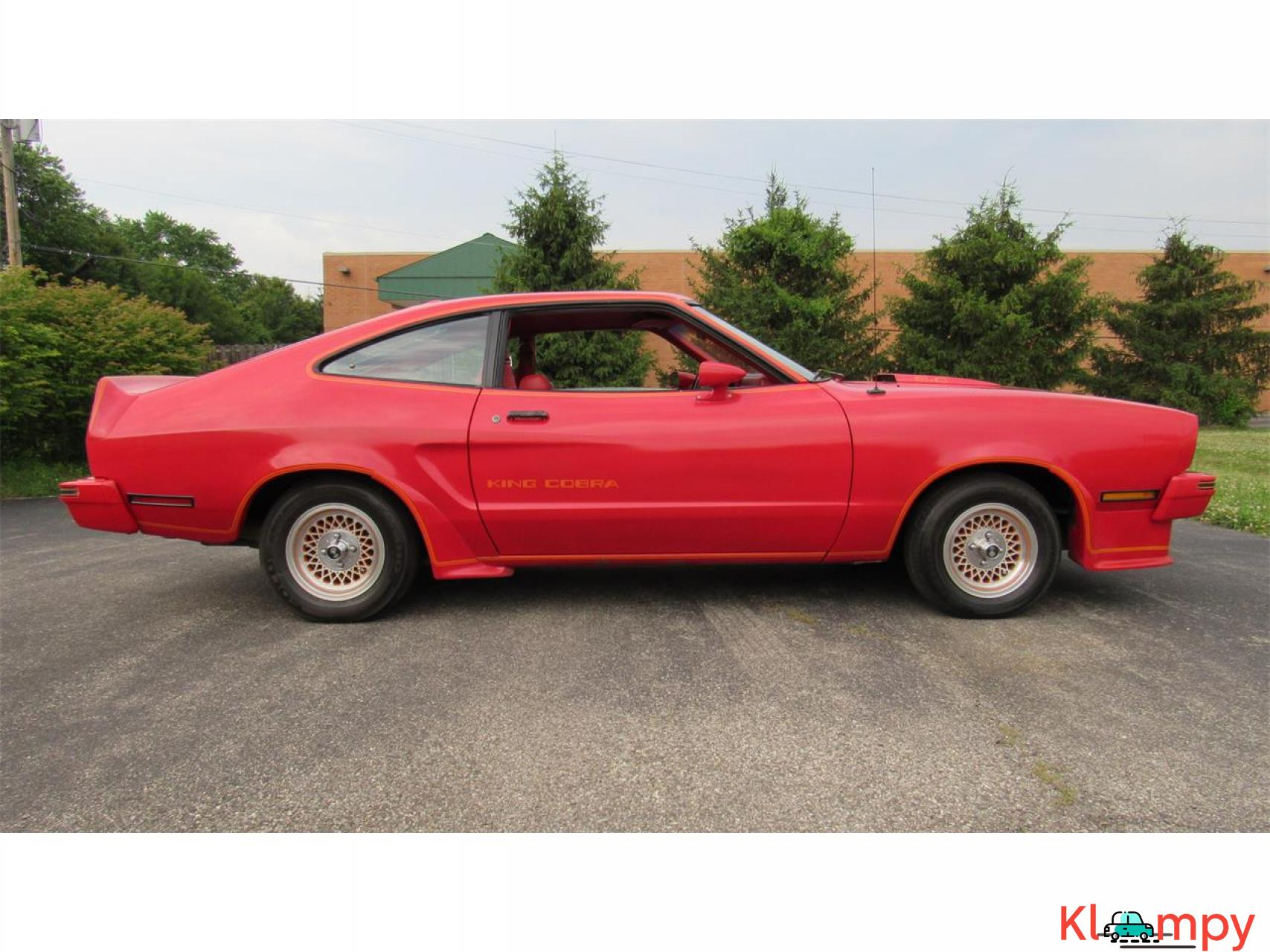 1978 Ford Mustang 302ci V8 Red - 1/17