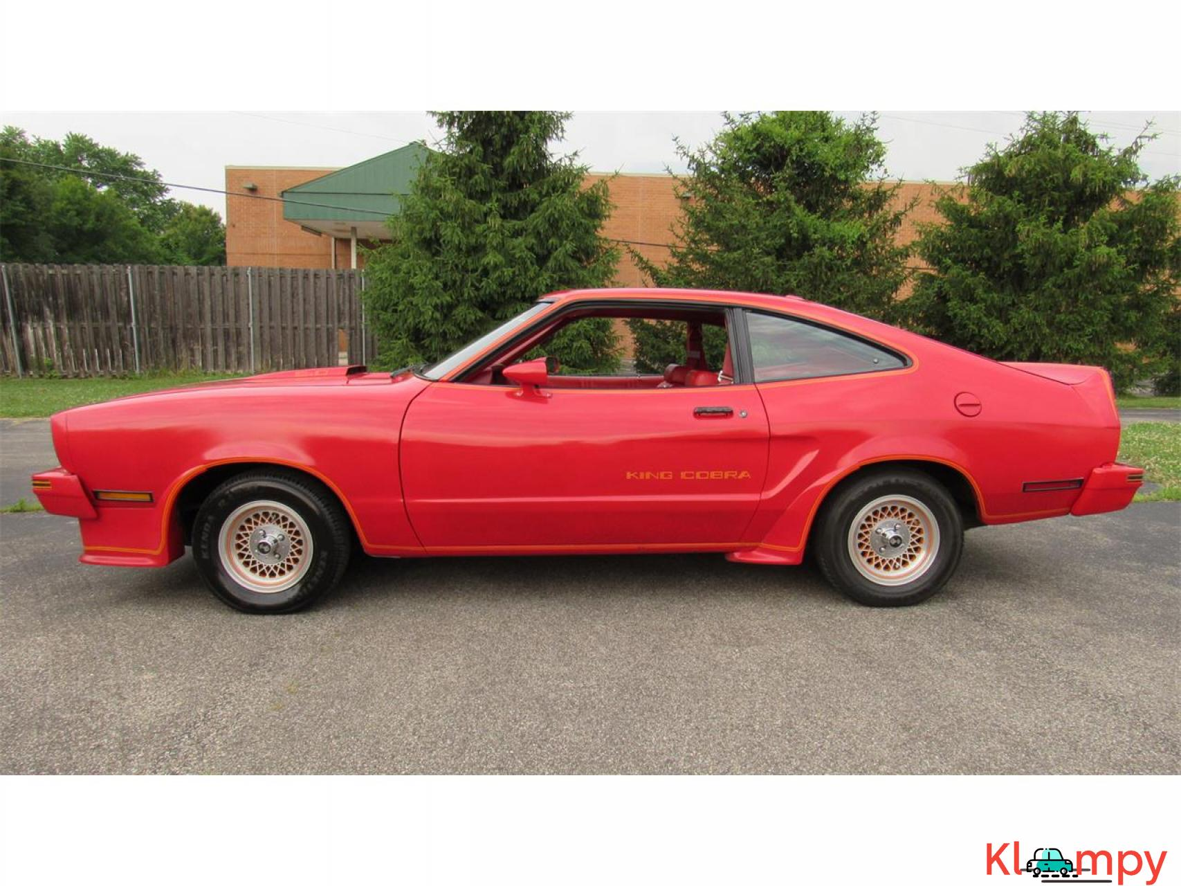 1978 Ford Mustang 302ci V8 Red - 8/17