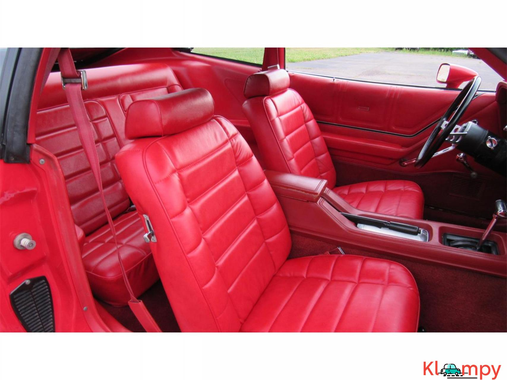 1978 Ford Mustang 302ci V8 Red - 11/17