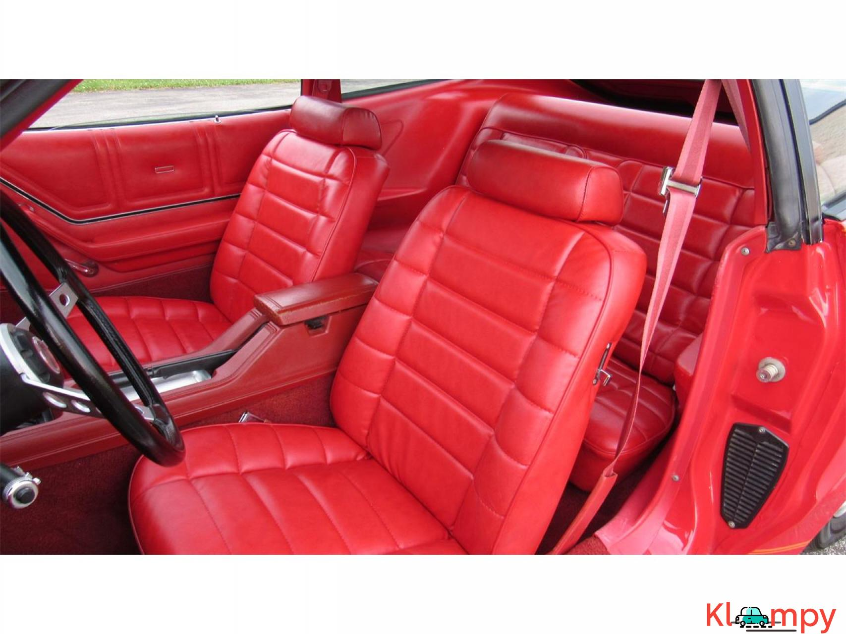 1978 Ford Mustang 302ci V8 Red - 16/17