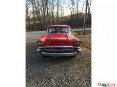 1957 Chevrolet 210 Engine 350 Red - Image 2/12
