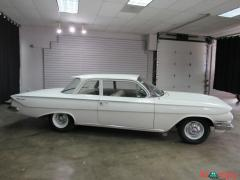 1961 Chevrolet Biscayne Muscle 348CI V8 350HP RWD