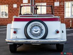 1951 Willys Jeepster Convertible 134.2 cu in 2.2 L - Image 4/17