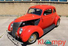 1937 Ford Coupe 383ci V8