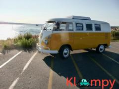 1967 Volkswagen Bus Two-Tone Yellow