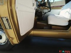 1971 International Harvester Scout 800B Apache Gold Poly 4x4 - Image 14/14