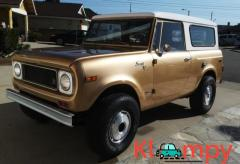 1971 International Harvester Scout 800B Apache Gold Poly 4x4 - Image 2/14
