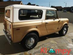 1971 International Harvester Scout 800B Apache Gold Poly 4x4 - Image 8/14