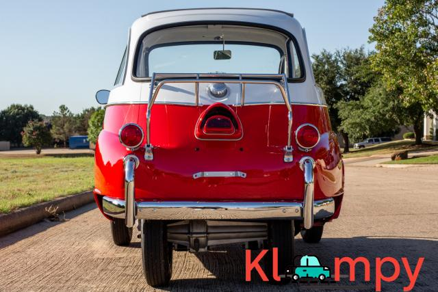 1958 BMW Isetta 300 Red - 8/14