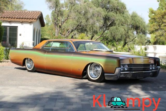 1967 Lincoln Continental Custom Two-Door Body - 4/15