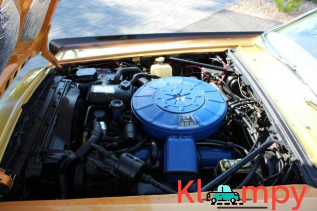 1967 Lincoln Continental Custom Two-Door Body - 7/15