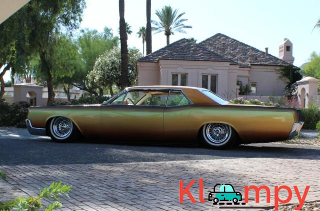 1967 Lincoln Continental Custom Two-Door Body - 9/15