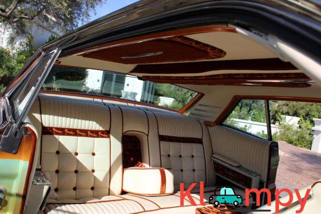 1967 Lincoln Continental Custom Two-Door Body - 11/15