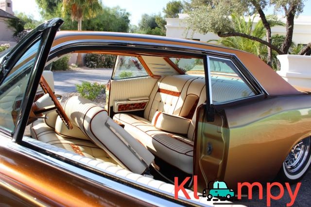 1967 Lincoln Continental Custom Two-Door Body - 12/15