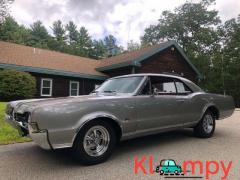 1967 Oldsmobile 442 Holiday Coupe