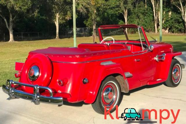 1949 Willys-Overland Jeepster Tunisian Red - 2/12