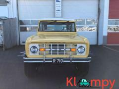 1974 Ford Bronco 200ci, 3speed