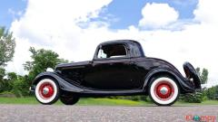 1934 Ford 3-window Coupe 221/85 HP 3-Speed