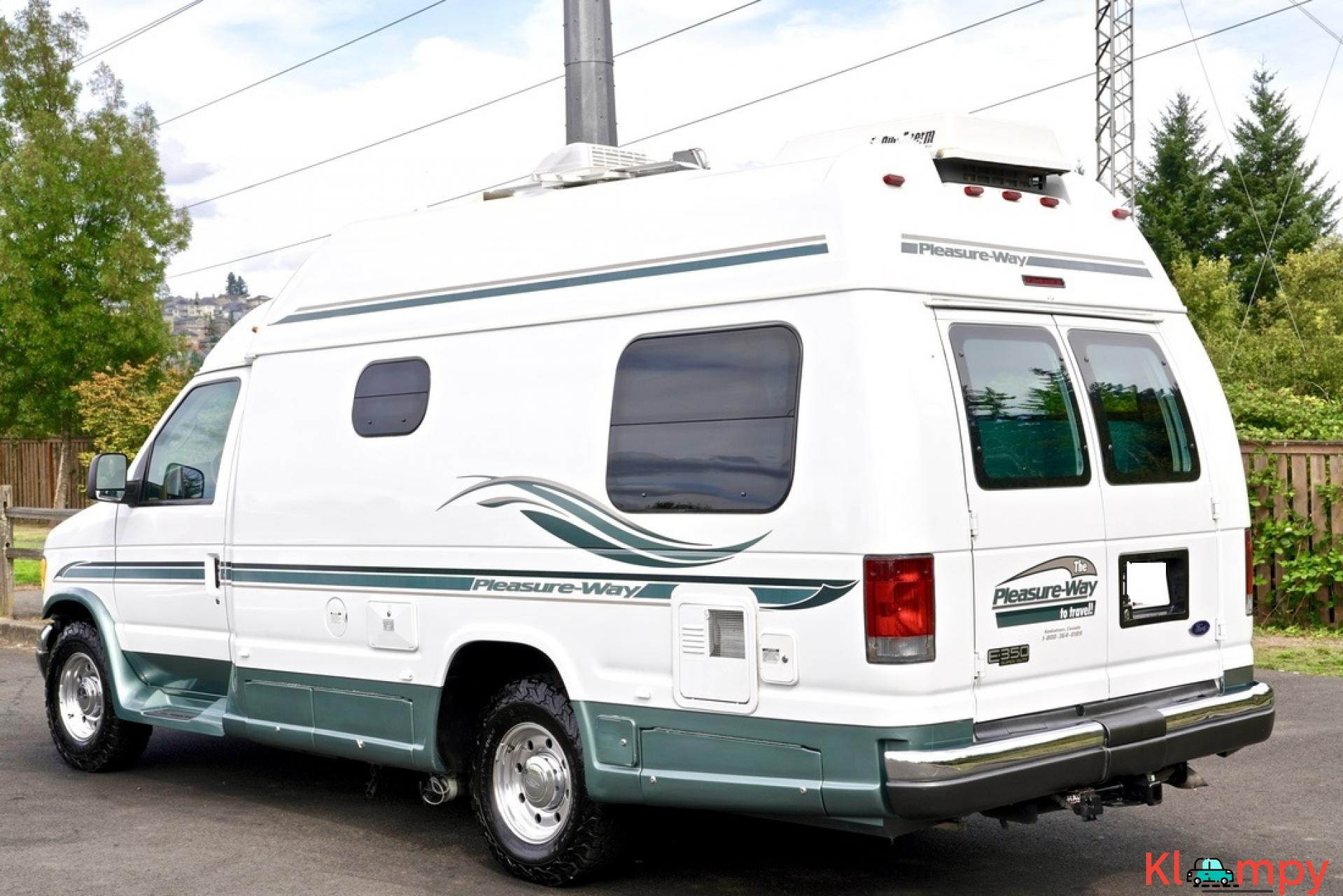 2004 Pleasure-Way Excel 20' Class B - 4/23