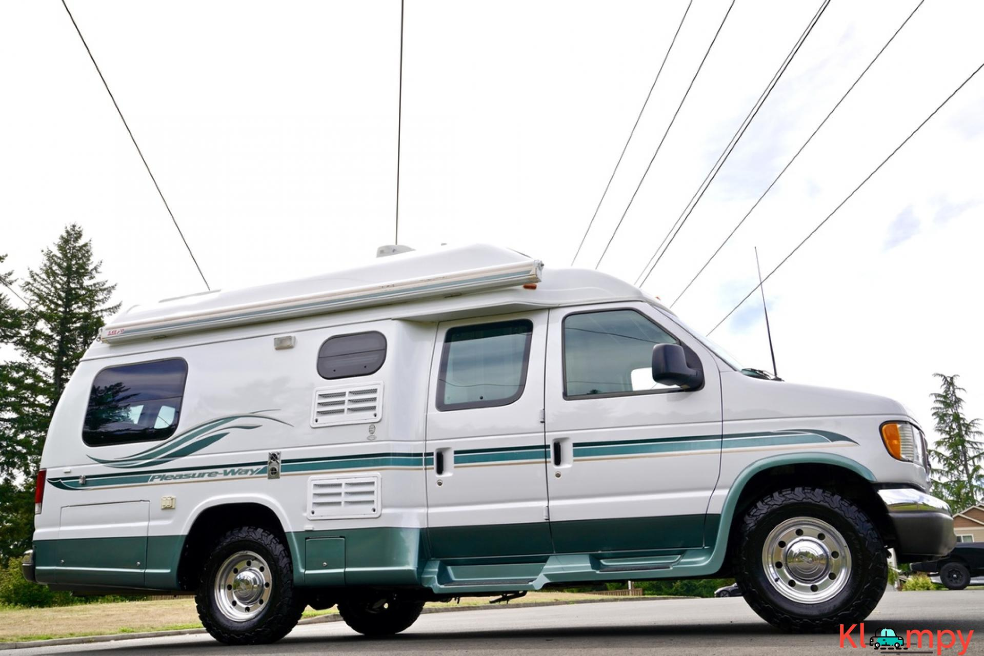 2004 Pleasure-Way Excel 20' Class B - 10/23