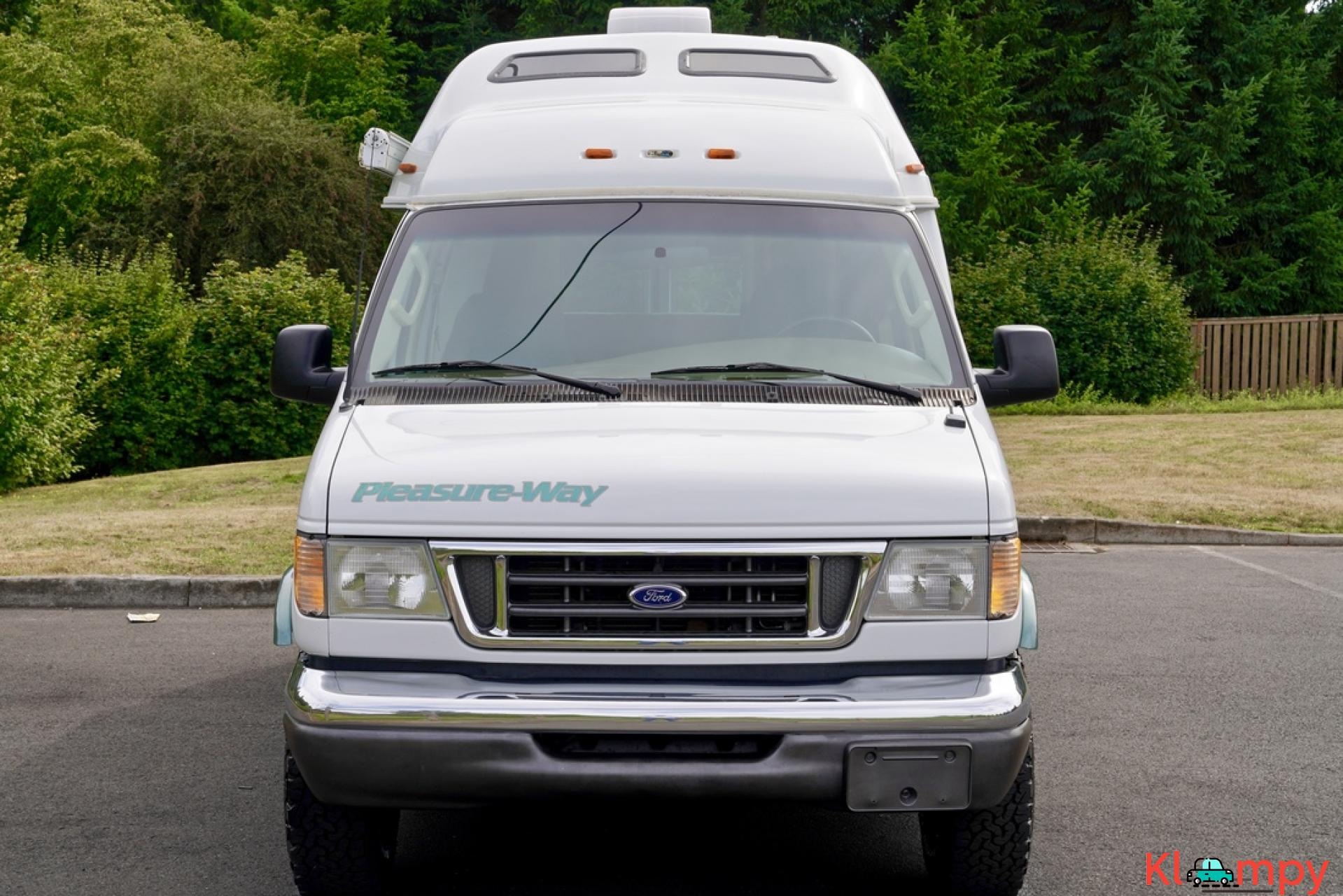 2004 Pleasure-Way Excel 20' Class B - 11/23