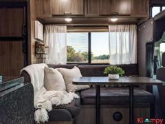2017 Coachman Freelander 20CB