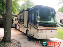 2008 Holiday Rambler Endeavor 40 sleeps 4 adults