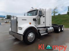 2014 Kenworth W900 Conventional Short Bunk Sleeper Truck