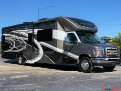 2017 Winnebago 30j CAMBRIA