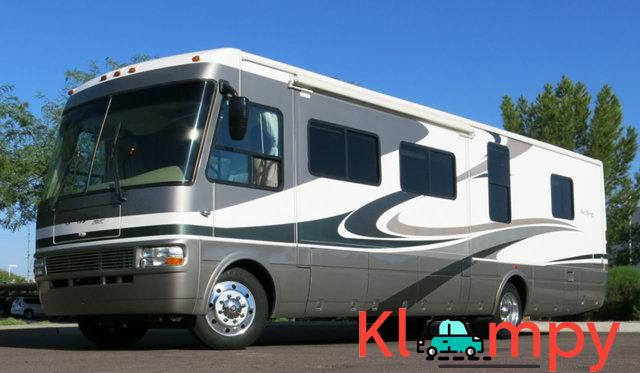 2007 National Sea Breeze LX 8.1L Workhorse Slide Outs 2 - 3/7