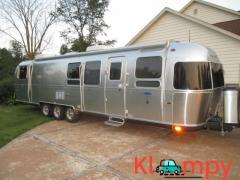 2011 Airstream Classic Limited Series M-34 37ft 3 Axles 1 Awning