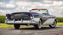 1955 Buick Roadmaster Convertible - Image 2/17