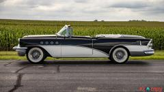 1955 Buick Roadmaster Convertible - Image 15/17