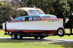1956 Chris-Craft 25′ Express Cruiser with Trailer