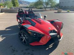 2015 Polaris Slingshot SL like new