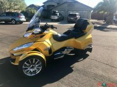 2015 Can-Am Spyder Limited RT