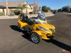 2015 Can-Am Spyder Limited RT - Image 15/17